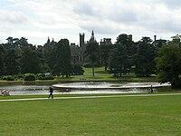 Alton Towers - Château.jpg