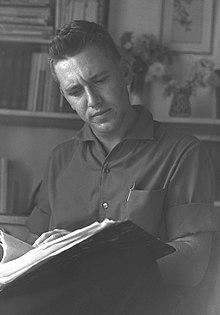 Amos Oz v roce 1965