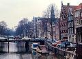 Amsterdam - Oude Zijds Vorburgwal (3362423125).jpg