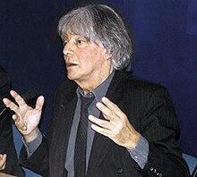 https://upload.wikimedia.org/wikipedia/commons/thumb/4/4e/Andre_Glucksmann2.jpg/220px-Andre_Glucksmann2.jpg