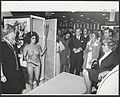 Annie M.G. Schmidt opent de boekenmarkt in de nieuwe RAI. Tijdens de daarop volg, Bestanddeelnr 092-1067.jpg