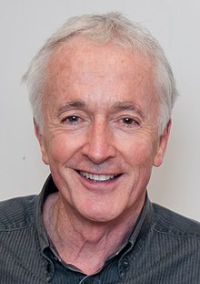 Anthony Daniels - Wikipedia