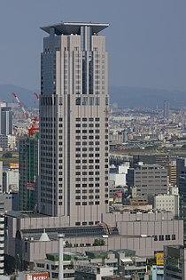 Applause-Tower-02.jpg