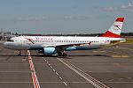 Austrian Airlines, OE-LBQ, Airbus A320-214 (20705511632).jpg