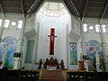 Bên trong nhà thờ - cung thánh.jpg