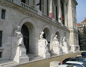 "Budapest University of Technology and Economics - The main entrance of the university's ""K"" central building with the statues of the first four faculties"