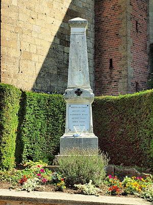Bar-lès-Buzancy - The War Memorial