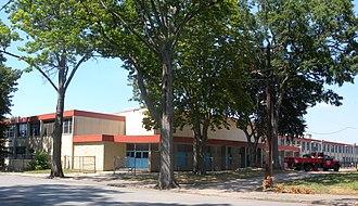Barringer High School - Image: Barringer HS Newark jeh