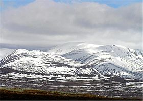 Ben-macdui-from-carn-liath.jpg