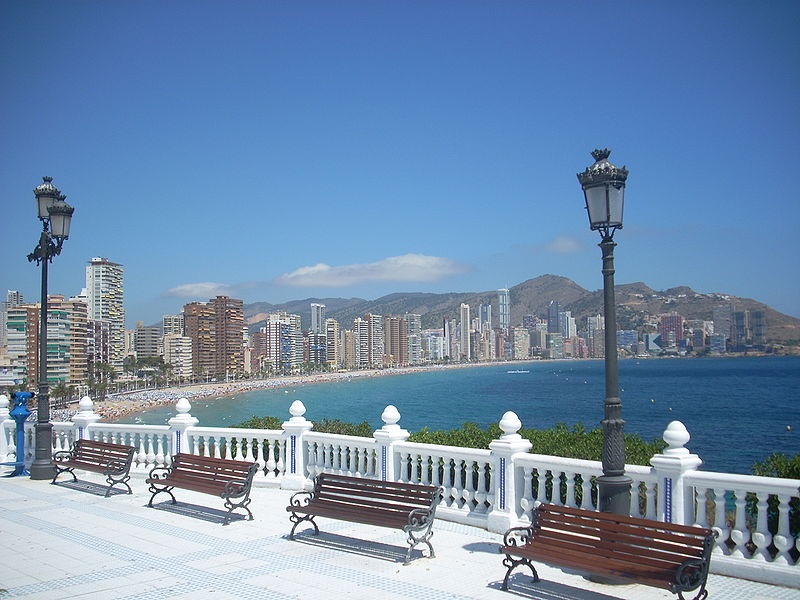 Summer Holidays, Head to Benidorm 3