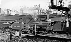 Birmingham New Street LNER 4-6-0 and LMS 2-6-0 geograph-2774997-by-Ben-Brooksbank.jpg