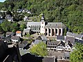 Blick von Burg Hengebach auf die Kirchen St. Salvator und St. Clemens - Bild 3.JPG