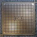 Bodenplatte im Münchner Hauptbahnhof, 1.jpeg
