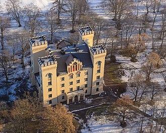 Bogesund Castle - Image: Bogesunds slott February 2013 04
