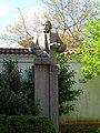 Botio Petkov monument Kalofer 01.jpg