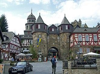 Braunfels - The approach to the Schloss.