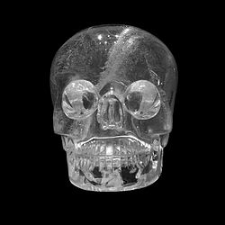 British Museum Crystal Skull 26072013 02.jpg