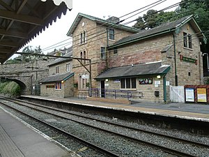 Broadbottom railway station - Broadbottom railway station 2008