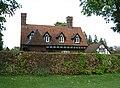 Broadway House, Chartridge - geograph.org.uk - 167574.jpg