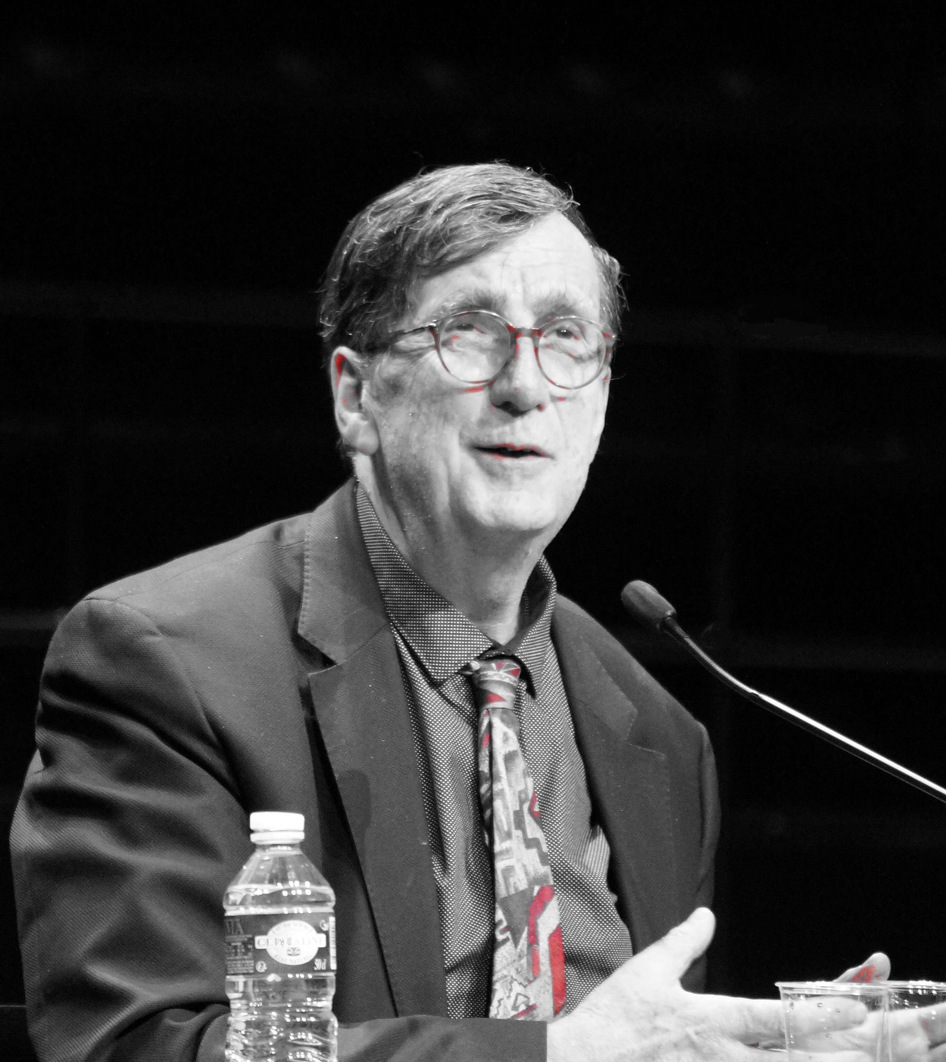 bruno latour essays on the reality of science studies After field studies in africa and california, bruno specialized in the analysis of scientists and engineers at work, producing a series of ground-breaking and reassembling the social, the essay collection pandora's hope: essays in the reality of science studies, and, most recently, an inquiry into modes of.