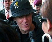 Bryan Adams - Wikipedia