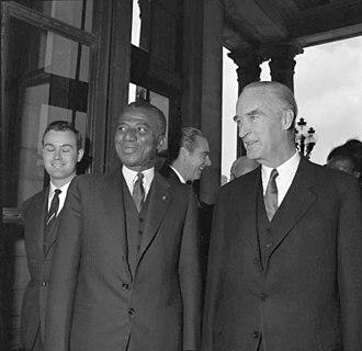 Alfried Krupp von Bohlen und Halbach - Alfried Krupp von Bohlen und Halbach (right), with President Sylvanus Olympio of Togo, while visiting Villa Hügel on 17 May 1961