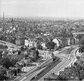 Bundesarchiv B 145 Bild-F025359-0007, Bonn, Blick vom Hochhaus im Tulpenfeld.jpg