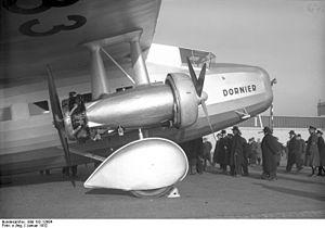 """Bundesarchiv Bild 102-12984, Berlin, Großflugzeug """"Do K"""".jpg"""