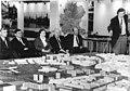 Bundesarchiv Bild 183-1989-0306-028, Dresden, Besuch Voscherau, Wolfgang Berghofer.jpg