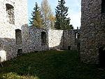 File:Burg Klingenstein, Innenhof.jpg