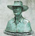Buste en bronze de Melle Fanfonne ( Photo Robert Faure).jpg