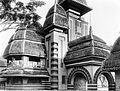 COLLECTIE TROPENMUSEUM Frontgebouw van de jaarmarkt 'Pasar Gambir' van 1931 te Jakarta Java TMnr 10002603.jpg