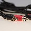 Cable con conectores RCA.jpg
