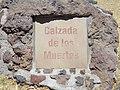 Calzada de los Muertos en Teotihuacan 1.jpg