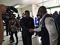 Candidato pelo MPLA às eleições gerais de 2017 em Angola, João Lourenço, chega à assembleia de voto. 23 de Agosto.jpg