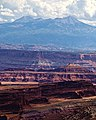 Canyonlands Layer Cake (5992030559).jpg