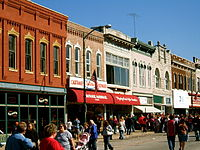 Stores around the Courthouse square