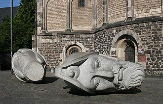 Bonn Minster - Image: Cassius florentius muenster bonn 20080509