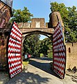 Castle De Haar (1892-1913) - Stalplein - Gate.jpg