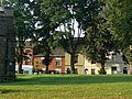 Castle Donington churchyard - geograph.org.uk - 1437349.jpg