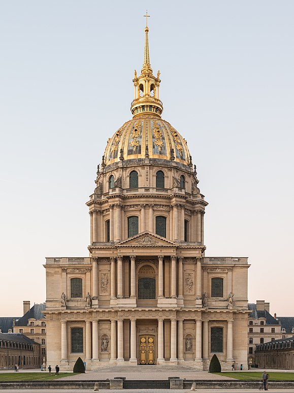 The Dome des Invalides, 107 metres (351 ft) tall and decorated with 12.65 kilograms (27.9 lb) of gold leaf, is an important landmark in Paris. Cathedrale Saint-Louis-des-Invalides, 140309 2.jpg