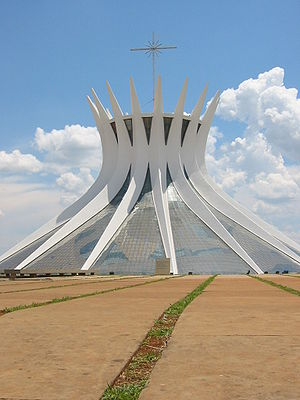 Hyperboloid Cathedral in Brasilia by Oscar Nie...