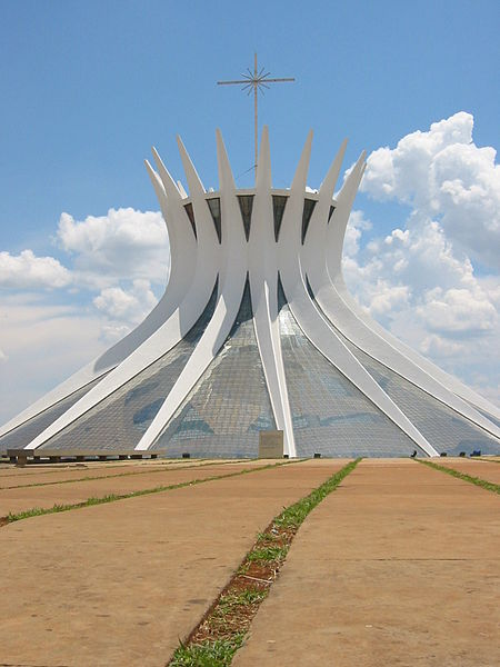 File:Cathedral Brasilia Niemeyer.JPG