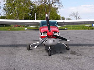Cessna 210 - A Cessna T210L shows the later models' strutless cantilever wing