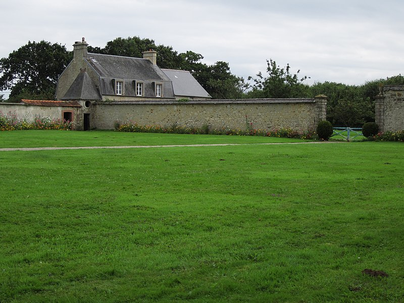 Château de la Bretonnière, fr:Gonneville, 17e siècle; 18e siècle