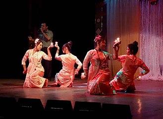 Marma people - Marma dancers