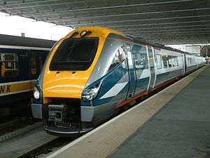 Midland Mainline - Image: Class 222 Midland Mainline St.Pancras 20040928