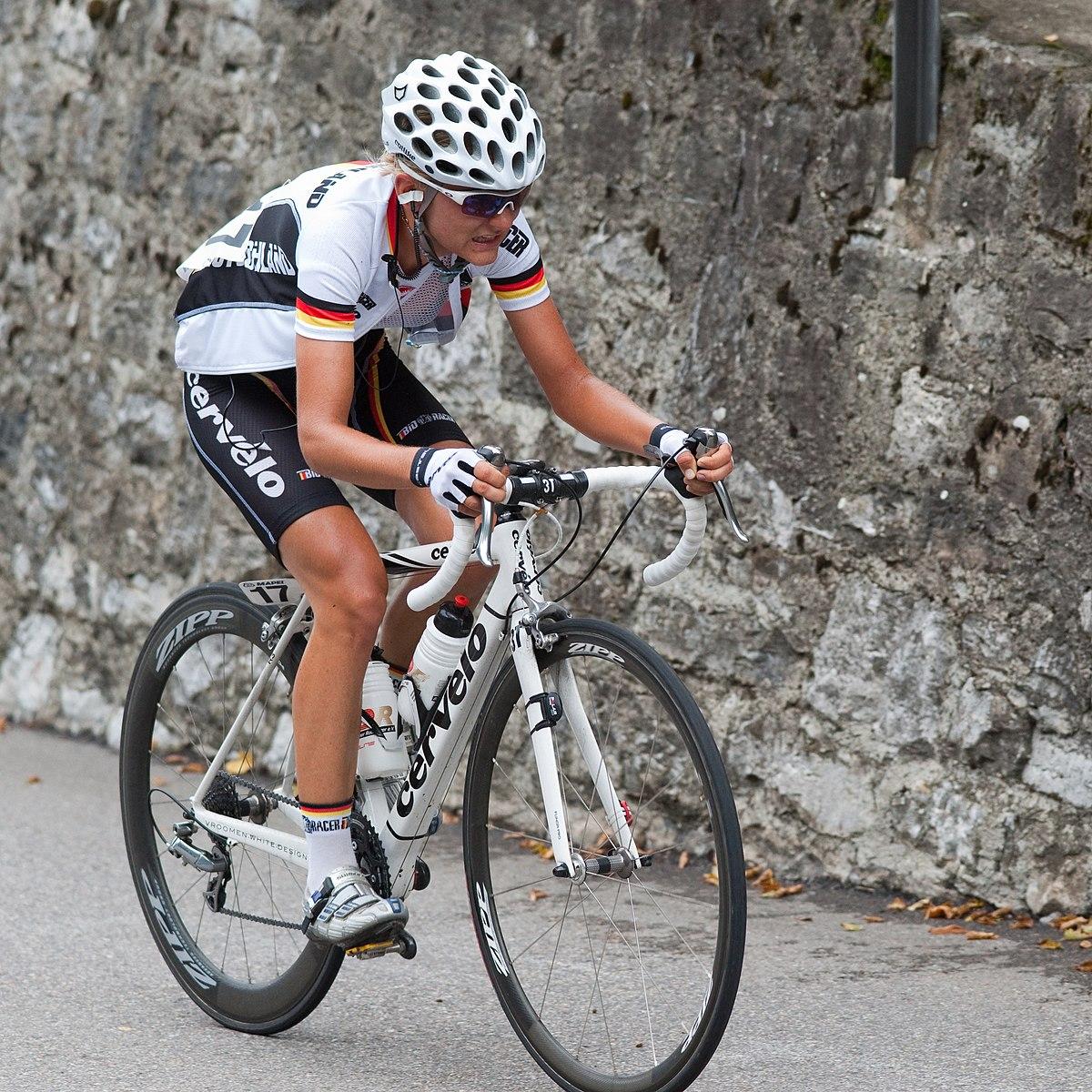 Shimano Women S Mountain Bike Shoes
