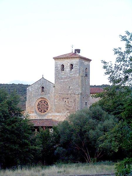 File:Colegiata de San Cosme y San Damián II.jpg - Wikimedia Commons