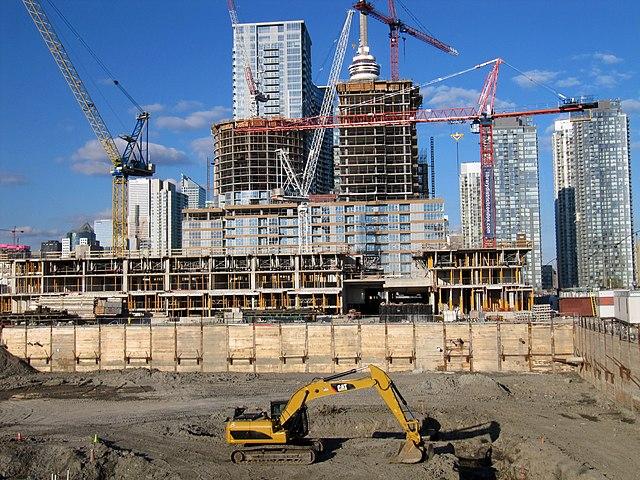 Construire de nouveaux services, un chantier ambitieux! (source: Construction in Toronto May 2012)